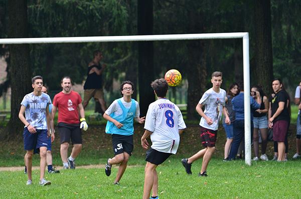 Partita di calcio di fine anno 'Studenti VS Prof'