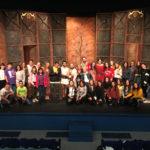 Studenti e docenti con gli attori